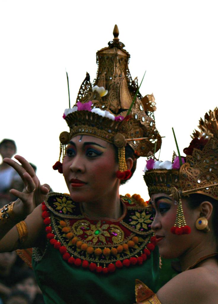 Kecak Bali | www.rtwgirl.com