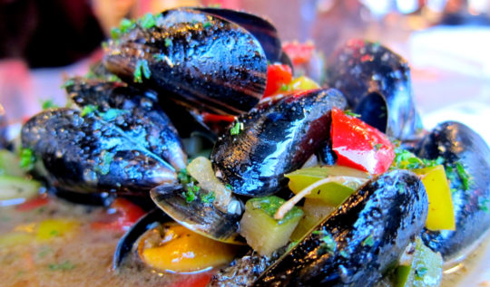 Mussels at La Mer du Nord - Brussels| www.rtwgirl.com