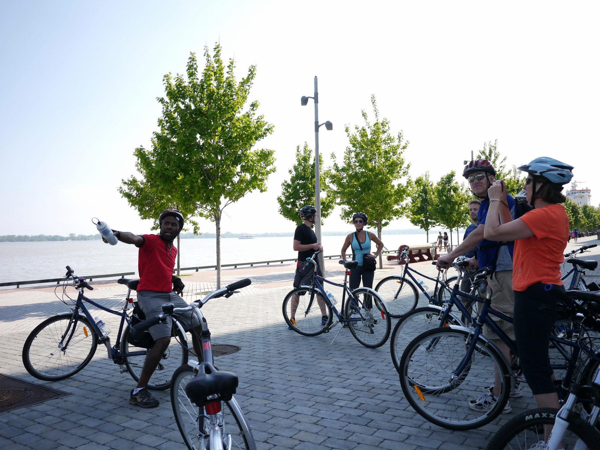 Toronto Bicycle Tours   www.rtwgirl.com