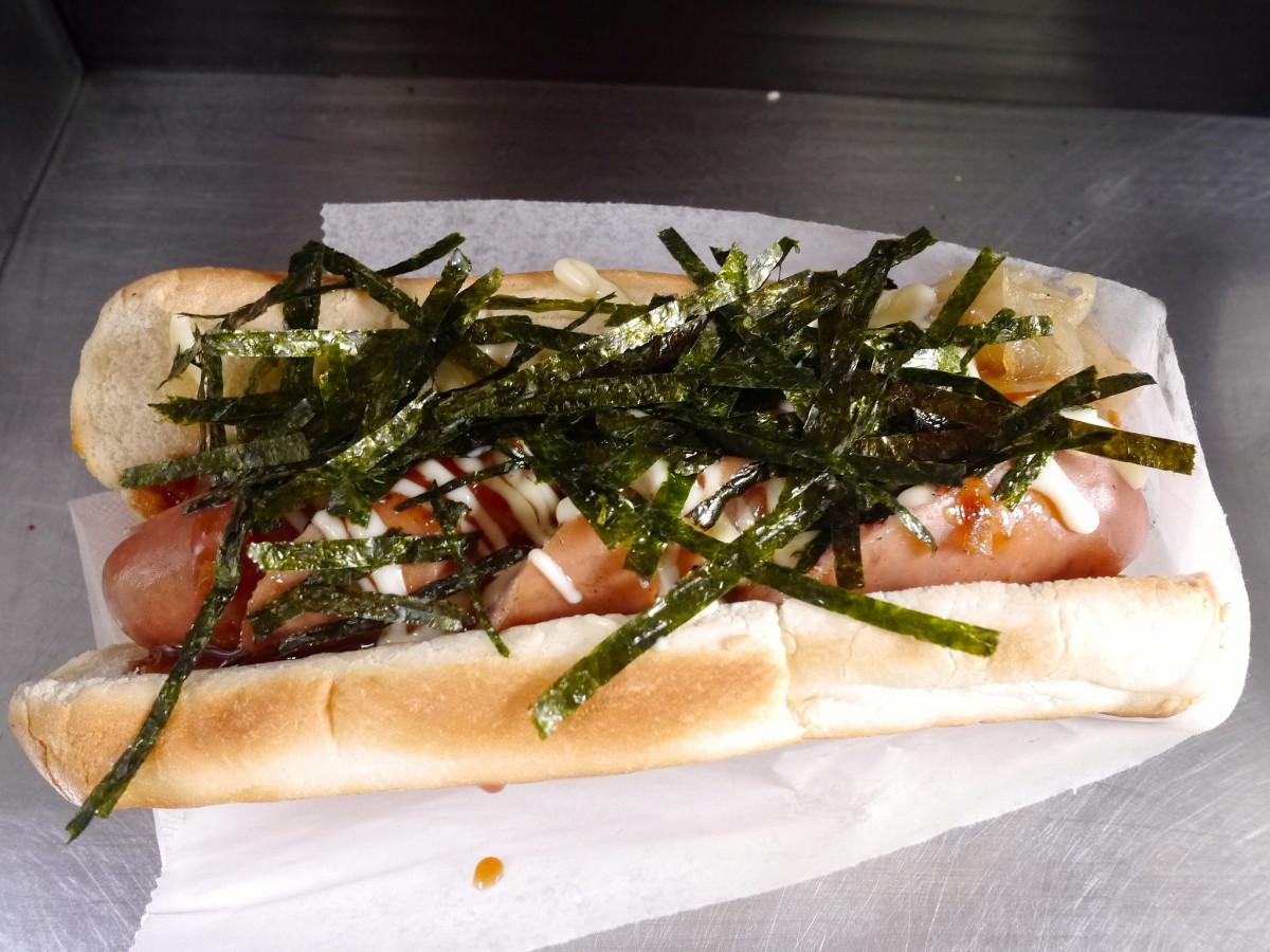 Japadog - Best Budget Meals Under $20 In Vancouver | www.rtwgirl.com