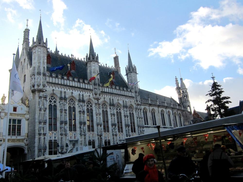 Bruges Christmas Market | www.rtwgirl.com