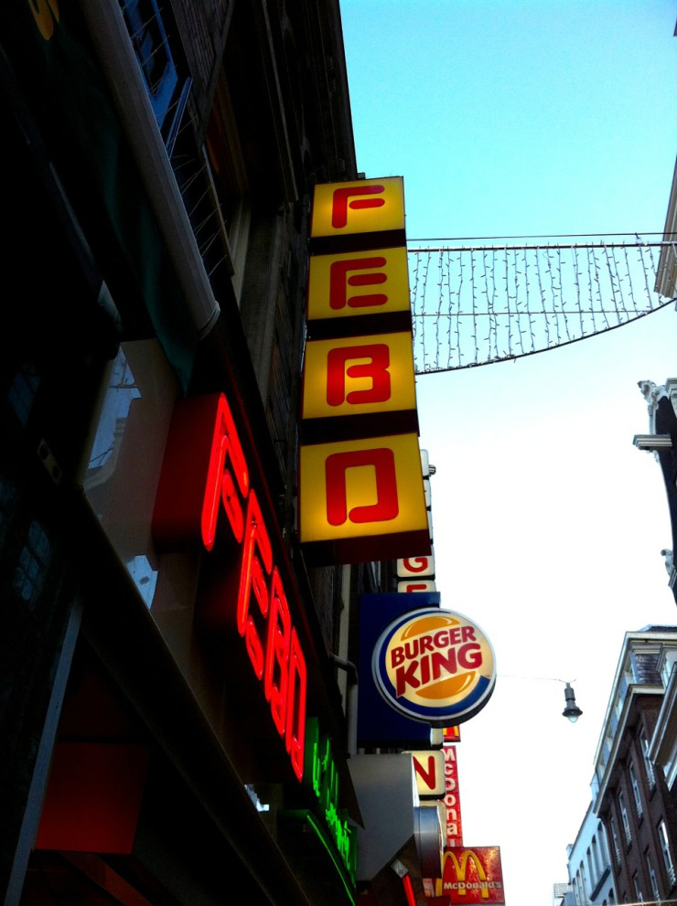 Febo - 7 Can't Miss Dutch Snacks To Try In The Netherlands | www.rtwgirl.com