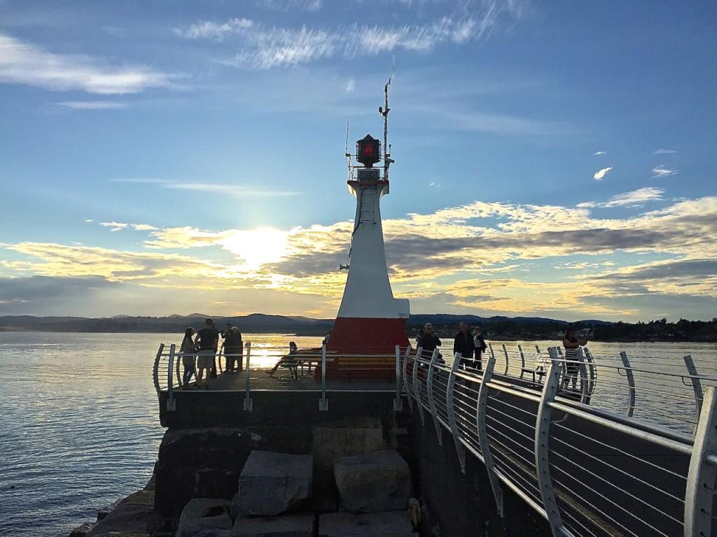 Breakwater Ogden Point Lighthouse