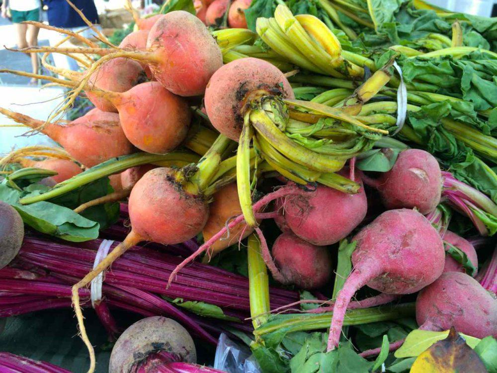 Helen Albert West Hollywood Farmers Market Los Angeles Farmers Markets   www.rtwgirl.com