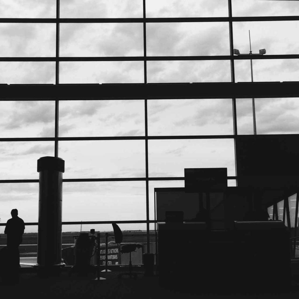Winnipeg Airport | www.rtwgirl.com