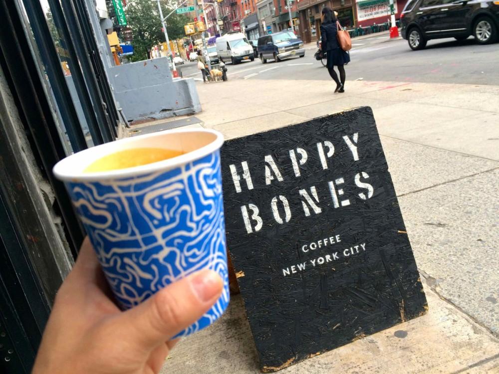 Happy Bones - New York Coffee | www.rtwgirl.com