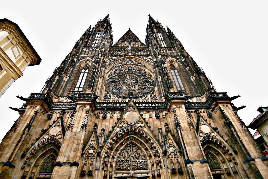 St Vitus Cathedral in Prague | www.rtwgirl.com