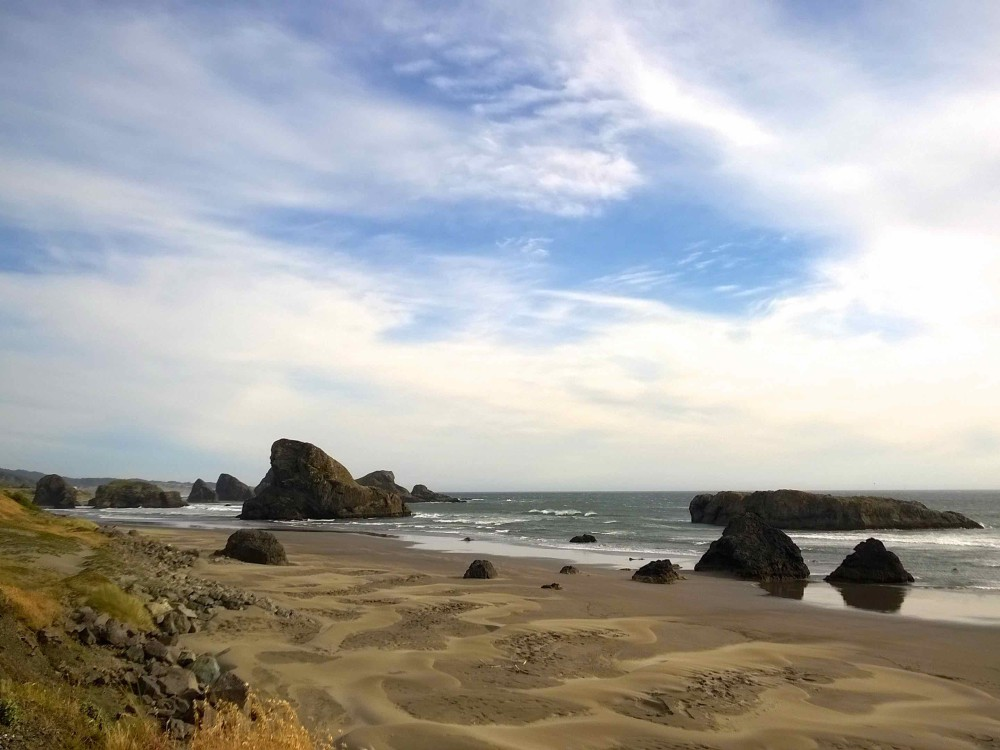 Oregon Coast - Gold Beach | http://www.rtwgirl.com