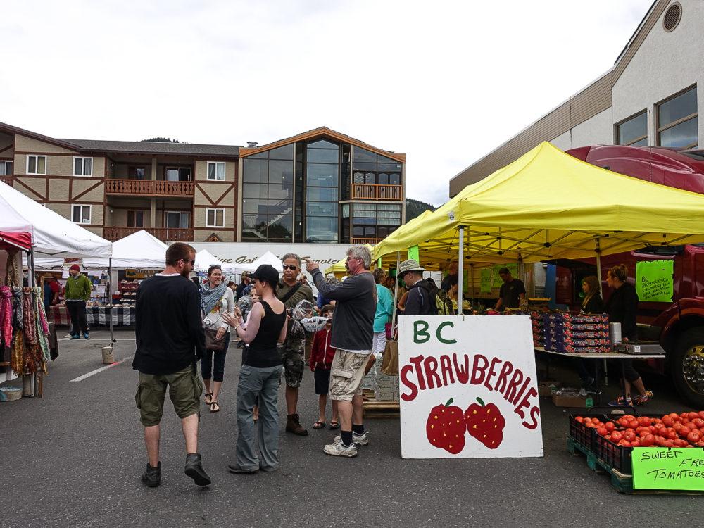 Banff farmers market | www.rtwgirl.com