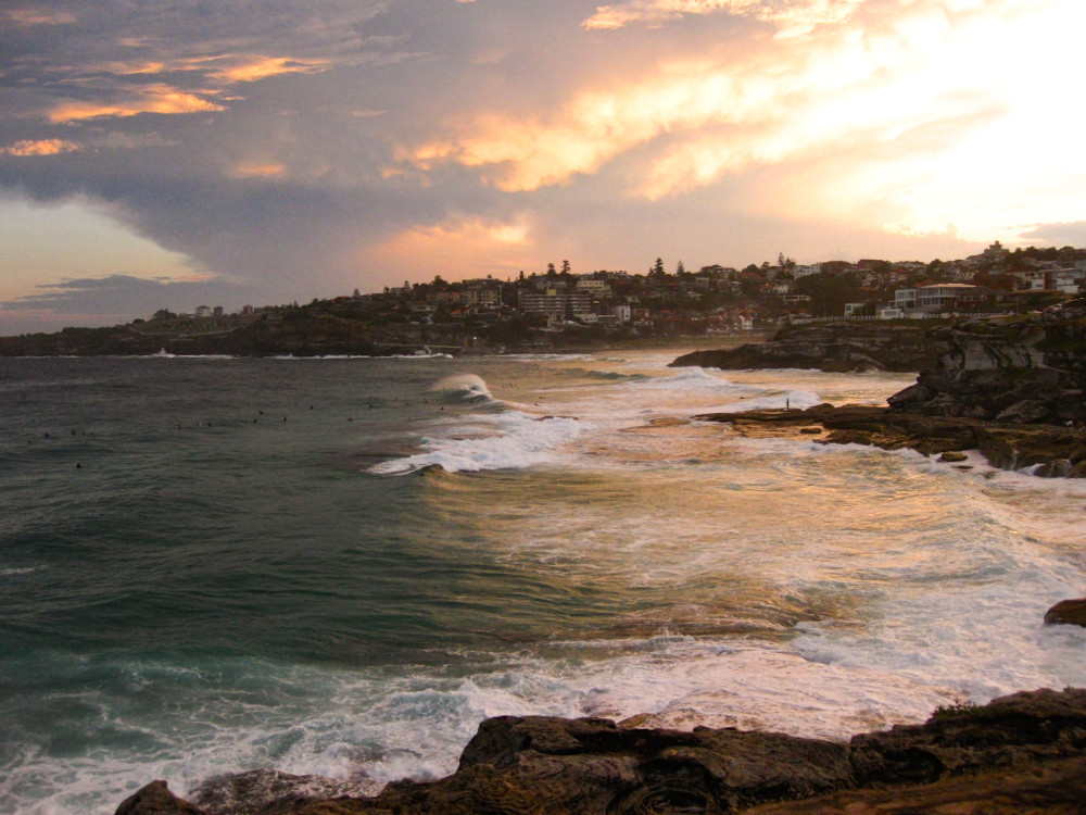 Sydney Beaches - Along the Coastal Walk | www.rtwgirl.com