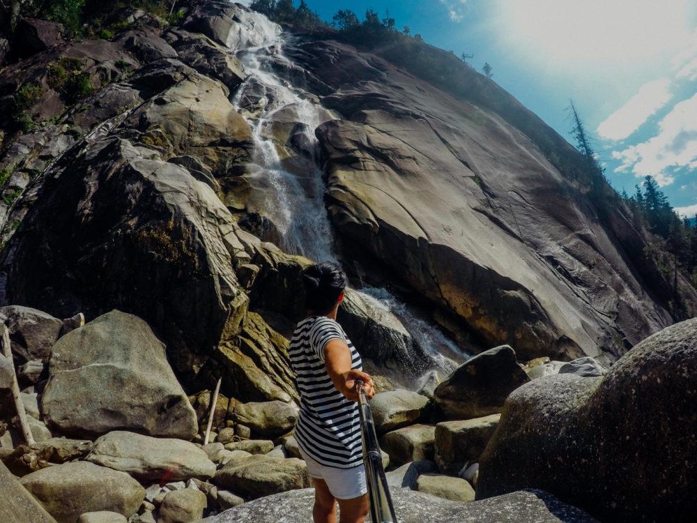 Shannon Falls in Squamish | www.rtwgirl.com