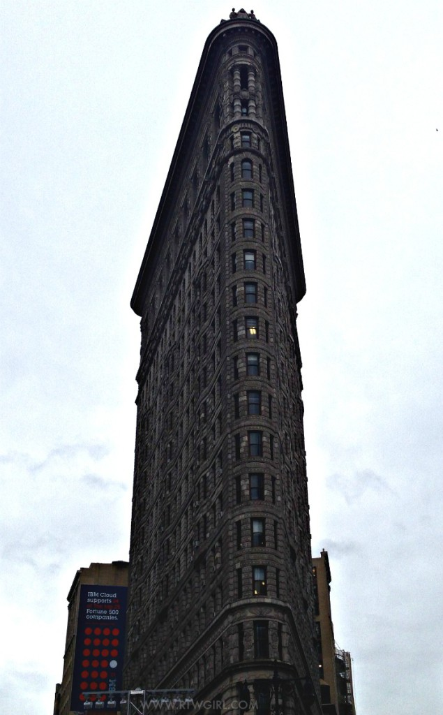 Flat Iron Building - New York Photos | www.rtwgirl.com