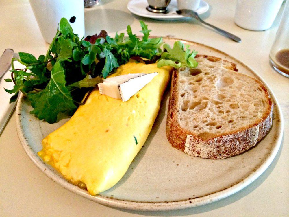 Farmers Apprentice Breakfast | www.rtwgirl.com