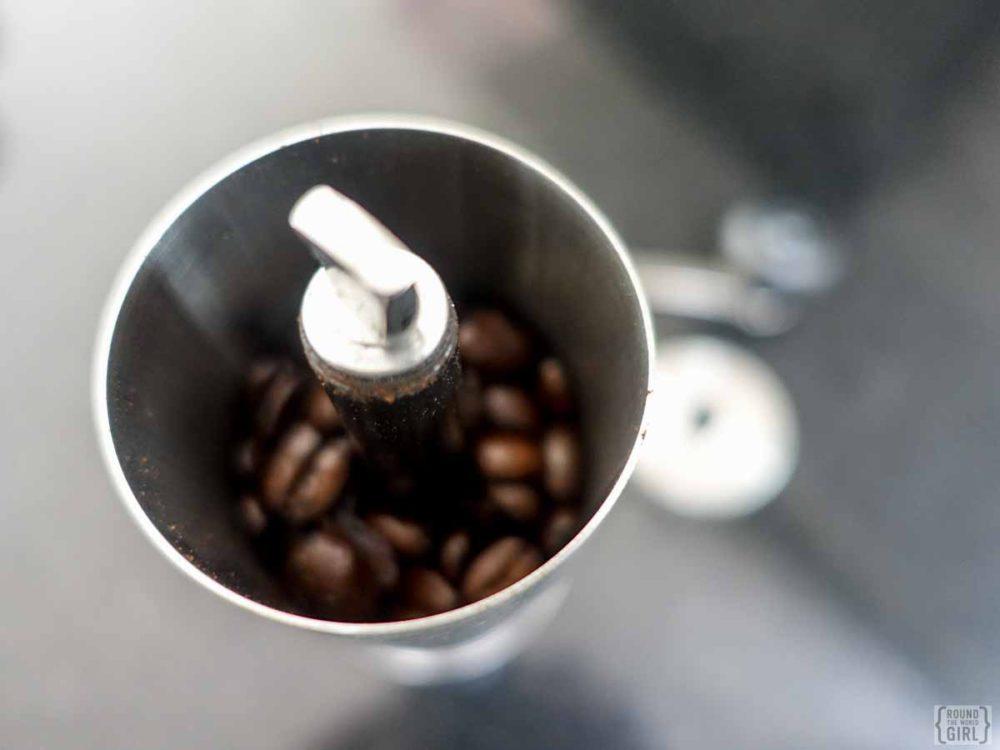 Making coffe with an Aeropress | www.rtwgirl.com.jpg