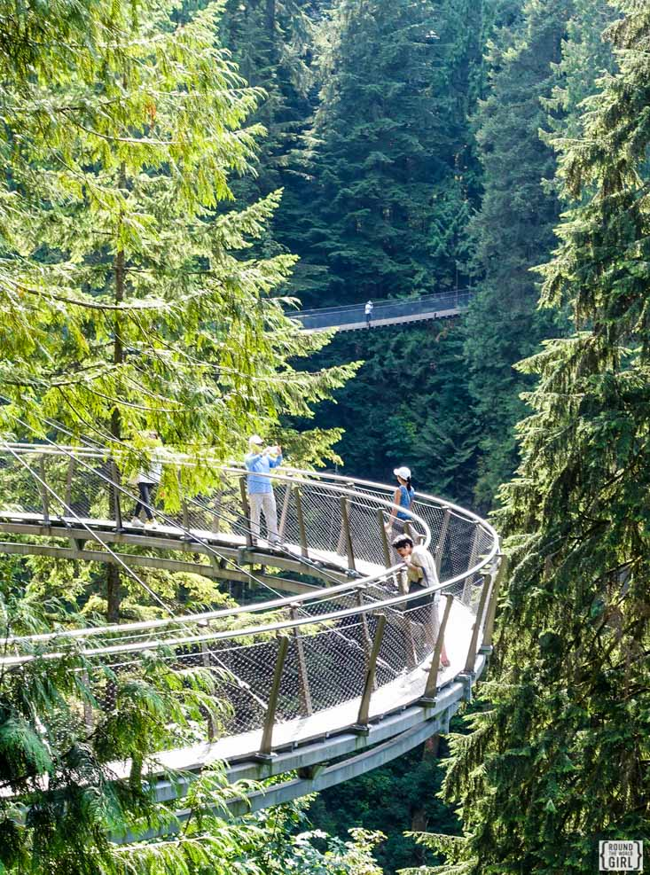 Capilano Suspenion Bridge | www.rtwgirl.com
