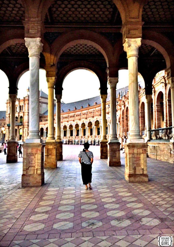 Plaza de Espana Seville | www.rtwgirl.com