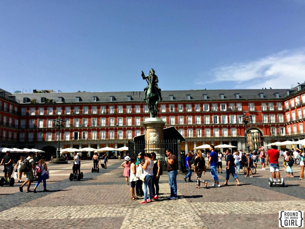 Plaza Mayor | www.rtwgirl.com