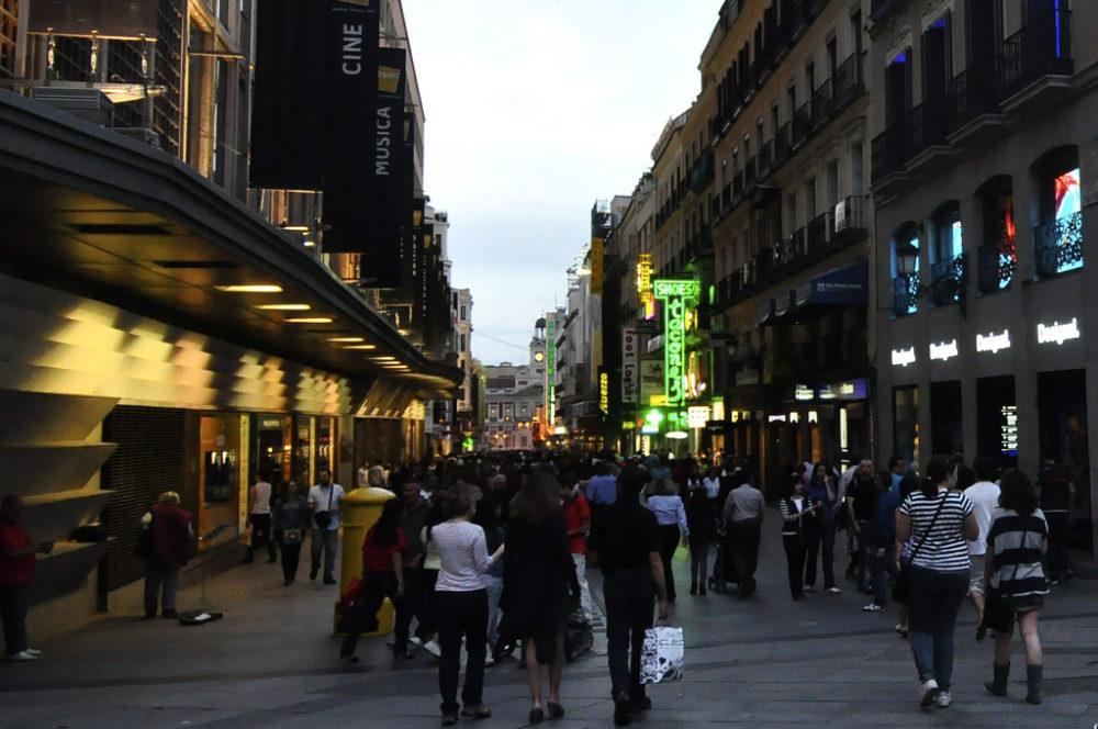 Shopping in Madrid | www.rtwgirl.com
