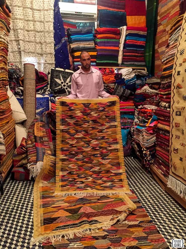 Carpet Shopping in Marrakech Medina | www.rtwgirl.com