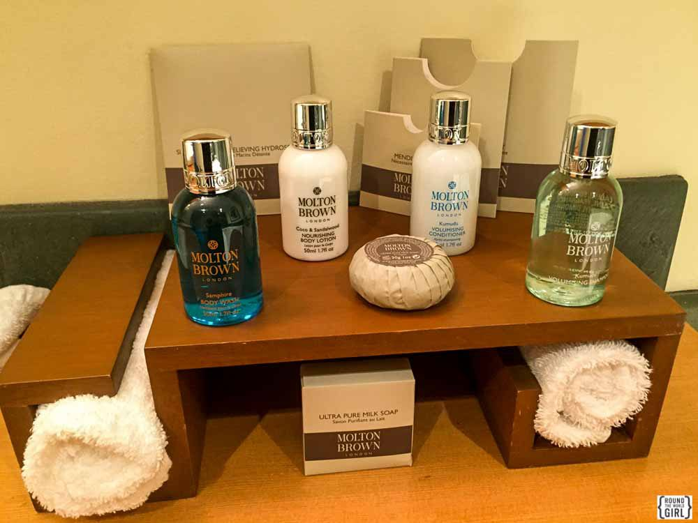 Sonora Resort room amenities | www.rtwgirl.com