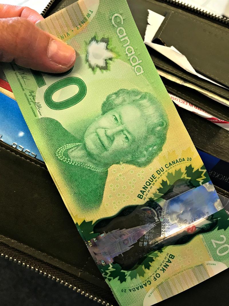 Canadian Money | www.rtwgirl.com
