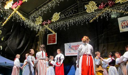 Prague Christmas Market | www.rtwgirl.com