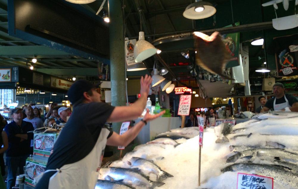 Seattle Day Trip - Pike Place Market   www.rtwgirl.com