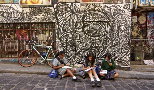 Exploring Melbourne Street Art | www.rtwgirl.com