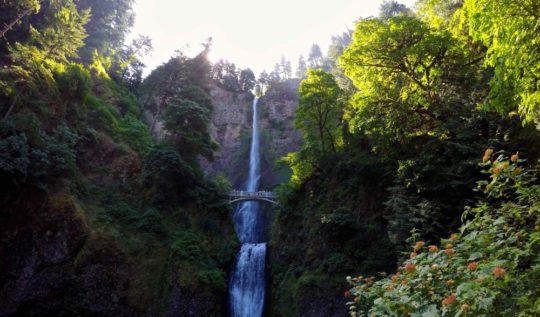 GoPro Multnomah Falls | www.rtwgirl.com